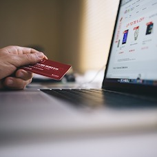 5 Habits of Savvy Credit Card Users