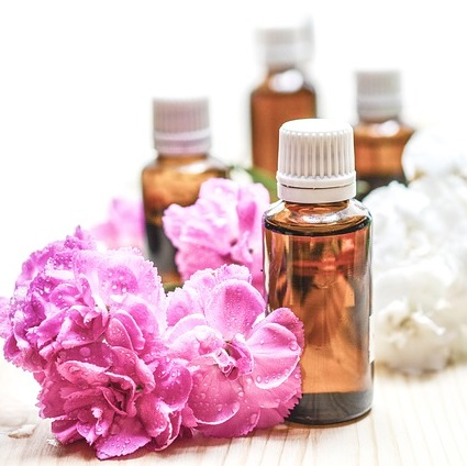 Are Essential Oils Harmful to Cats and Dogs?